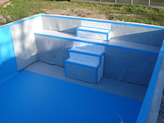 Referenzen schwimmbad pool sauna schwimmbadtechnik for Schwimmbad folienauskleidung